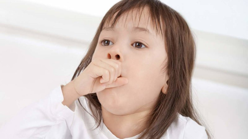 Nguyên nhân, triệu chứng và cách phòng bệnh viêm đường hô hấp trên cho trẻ