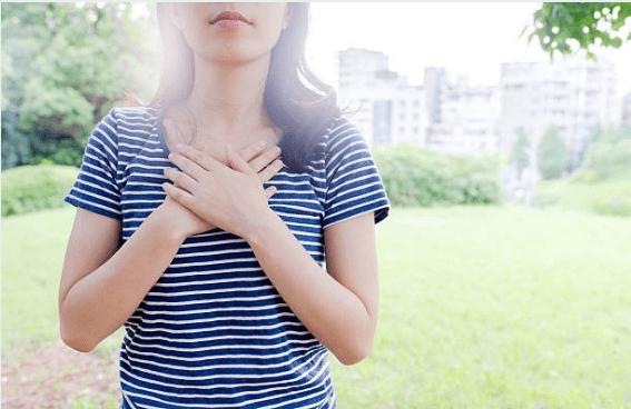 6 mẹo giúp bạn xử lý ngay cơn ho hen suyển