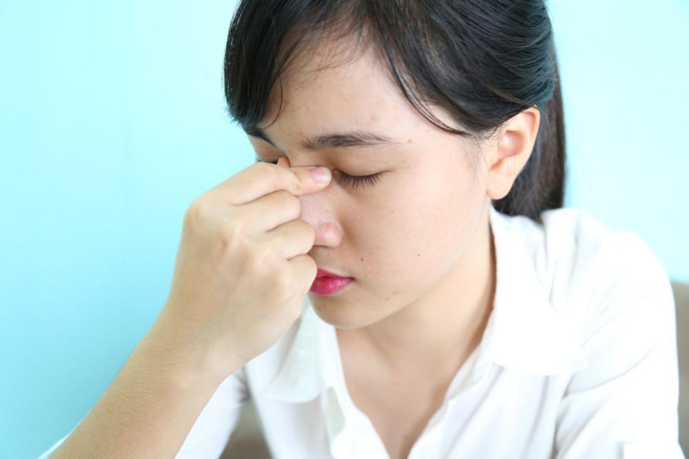 Viêm xoang cấp có nguy hiểm không và cách điều trị?