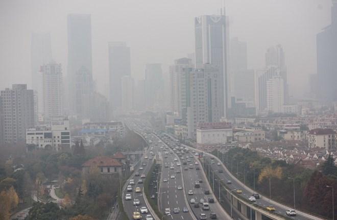 Mắc bệnh viêm xoang do ô nhiễm không khí ở Việt Nam